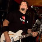 Gerry Mercer: Lead Vocals, Bass